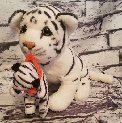American Furniture Warehouse (AMERICAN FURNITURE WAREHOUSE WHITE TIGER CARRYING BABY CUB IN MOUTH PLUSH 9