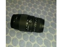Sigma 70-300mm F4-5.6 DG Macro Telephoto Zoom Lens - GREAT CONDITION