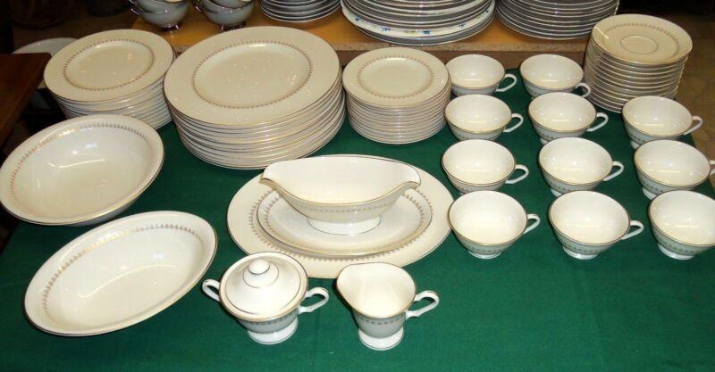Pickard Dinner Set - Regina