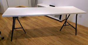 """Table 80"""" by 24"""" (board + trestles)"""