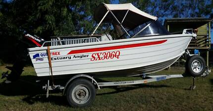 QUINTREX ESTUARY ANGLER 4.2M RUNABOUT WITH TRAILER