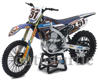 New Ray JGR Yamaha YZ450F Motocross Dirt Bike 1:12 Justin Barcia #51 57713