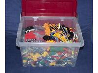 Large quantity of K'nex building kits in plastic container, over 1 stone in weight.
