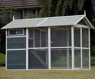 GIANT WALK IN Chicken Coop Hen House Hutch Cage Rabbit Hutch