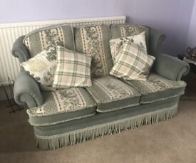 3 Piece Suite - Excellent condition Smoke free home