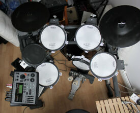 Roland TD 8 Drum Kit, sensitive attack, mesh skins, mint condition, never left home