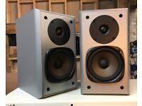 Jamo E 510 Bookshelf Speakers