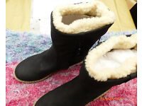 ladies snug boots size 6