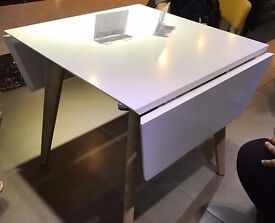 Kensington High Gloss White Dining Table Glass Extendable x 4 Chairs