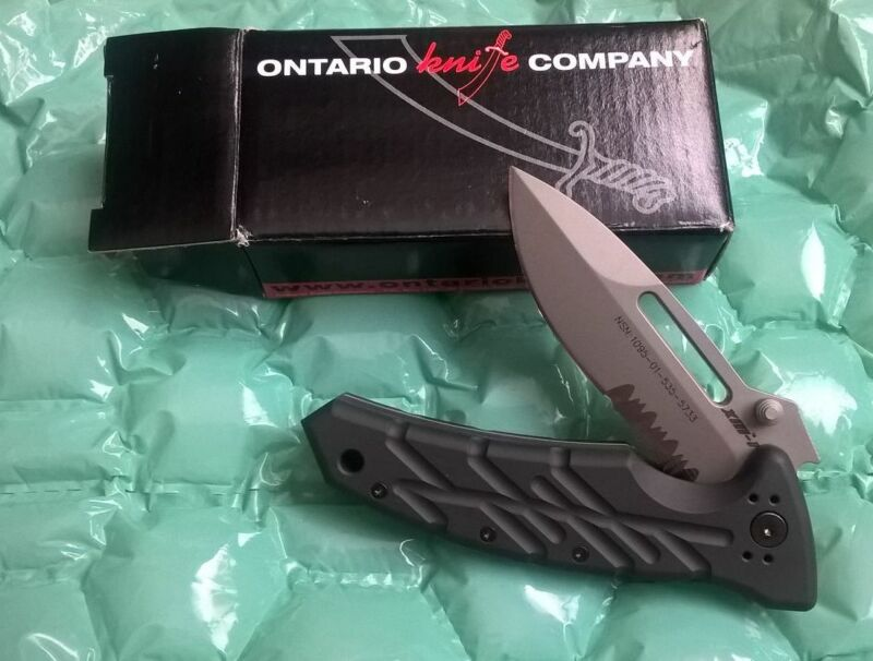 "NEW in BOX - Xm-1S Black Handle Serrated Edge Ontario ""COMBAT DEPLOYED"" KNIFE"
