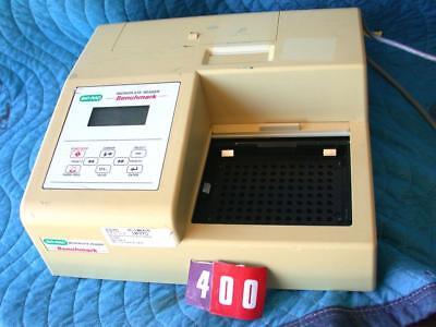 Bio-rad Benchmark Microplate Reader
