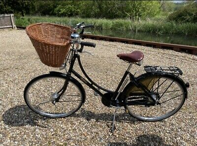 Classic Ladies Pashley Princess Sovereign Loop Frame Town bike