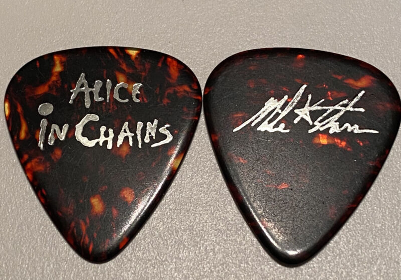 Alice In Chains Mike Starr Silver On Tortoise Rare Tour Guitar Pick
