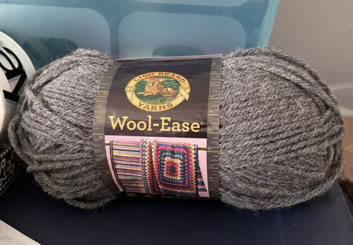 NEW SKEIN OF LION BRAND WOOL-EASE WORSTED WEIGHT YARN - OXFORD GREY - 3 OZ - $7.99
