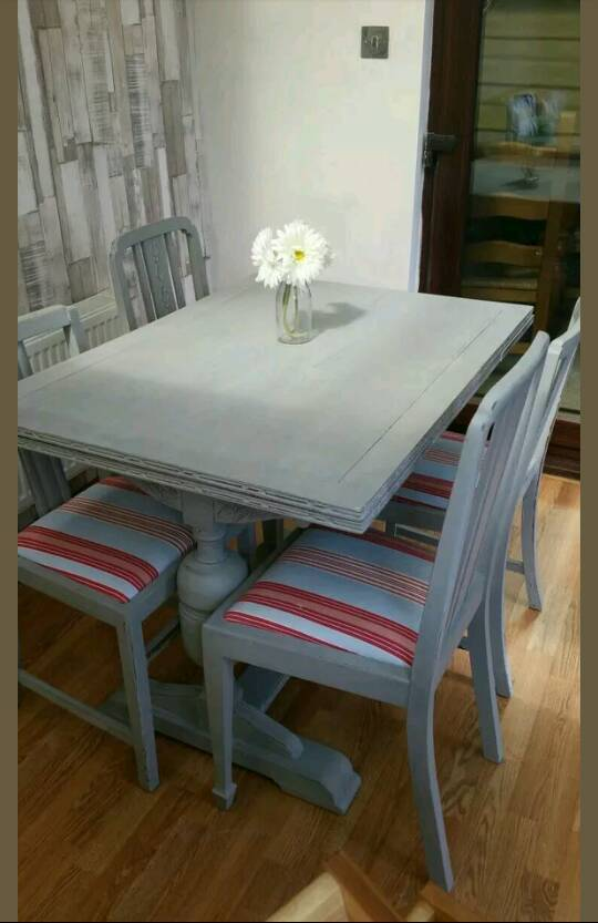 Shabby Chic extending table and 4 chairs