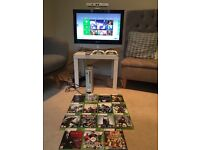Xbox 360, Kinect, Samsung TV, 15 games, 2 controllers