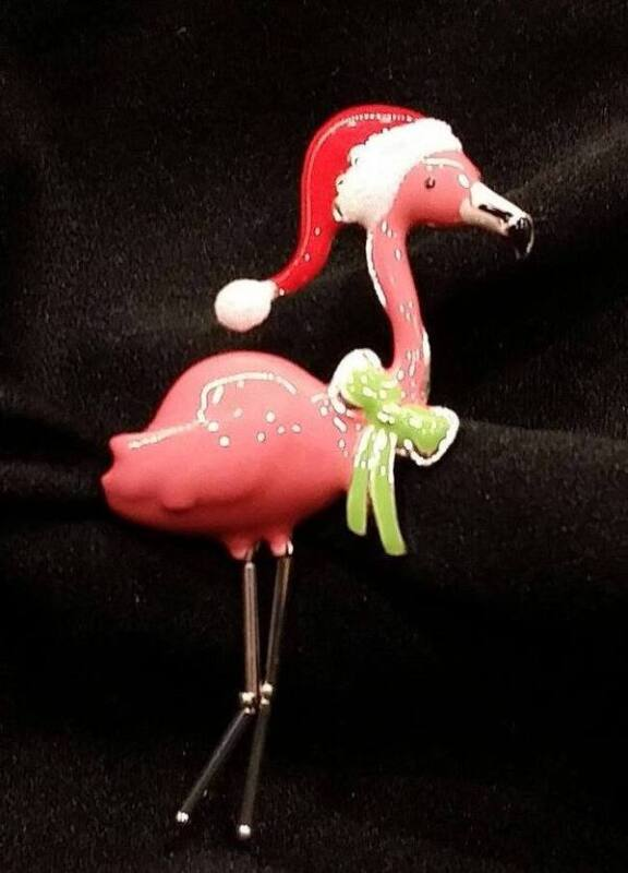 Pink Flamingo w Santa Hat Christmas Pin Brooch Green Scarf Legs Move Enamel NEW