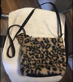 F&F Fur Leopard Print Bag Can Post