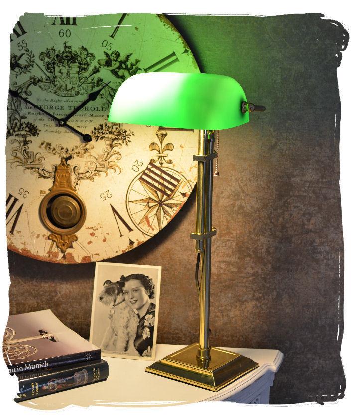 Bankerlampe grün Bankers Lamp Schreibtischlampe Belle Epoque Bibliotheksleuchte