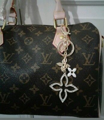 New Key Holder Bag Charm Purse Chain Fleur Flower Ring Crystals Louis Luxury LV