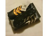 Adidas football boots, size 7 (new)