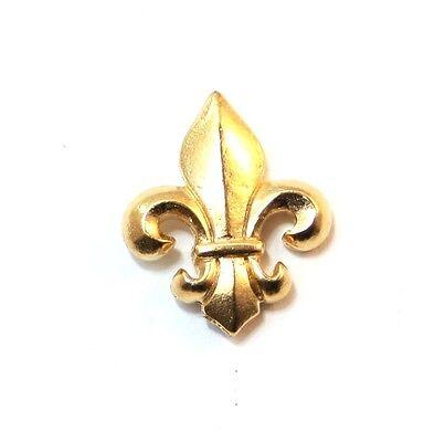 Fleur de Lis Pin Badge in Gold Plated English Pewter, Handmade (WA)