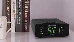 Emerson SmartSet Alarm Clock Radio with AM/FM Radio Dimmer Sleep Timer and .9