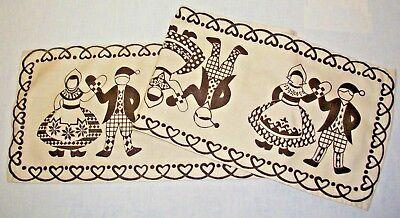 40 Folk Art Designs - SWEDISH CHRISTMAS HEART & FOLK DRESS DESIGN 40