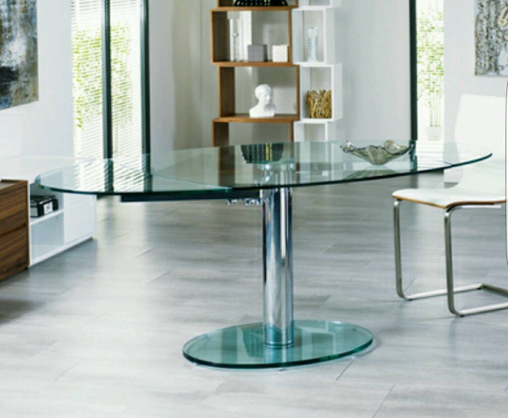 Dwell Luca Extending Gl Dining Table New And Boxed