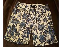 men's swim shorts size L x2
