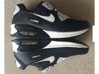 Nike Air Max 90 postage anywhere