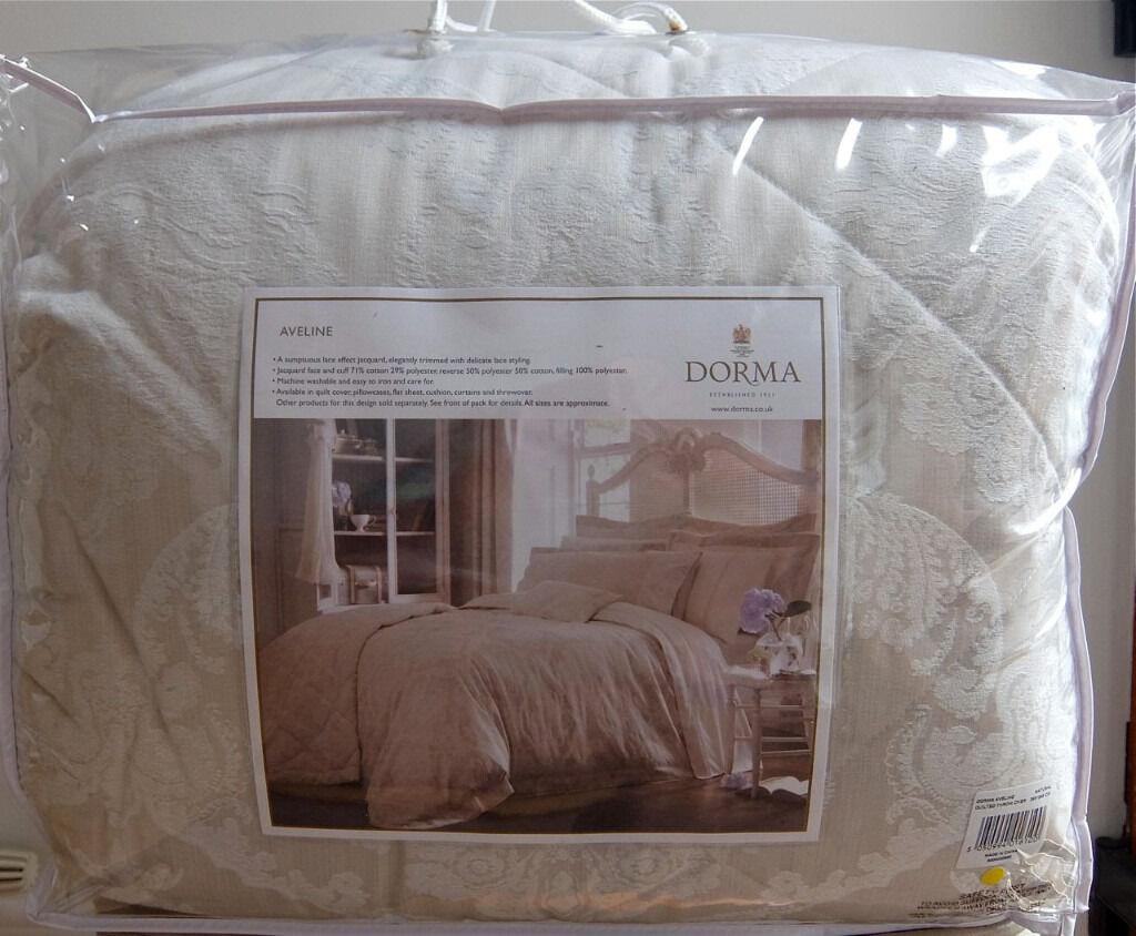 DORMA AVELINE NATURAL BED LINEN QUILTED THROW OVER 265 X 265 NEW ... : dorma quilted bedspreads - Adamdwight.com