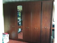 Set of 5 bedroom cupboards with mirrors - excellent condition