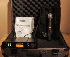Line 6 XD-V75 Handheld Wireless Microphone System with case - as new