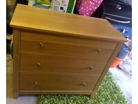 Herefoss Ikea 3 drawer oak veneer, perfect condition