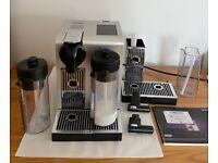 Nespresso De'Longhi Lattissima Pro Coffee Machine with extra accessories