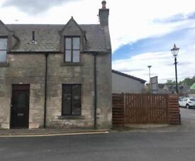 One Bedroom house with private entrance and garden For sale