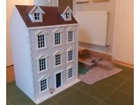Dolls house, 8 rooms with garden, excellent condition