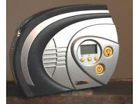 Halfords Rapid Digital Tyre Inflator 12V with Light