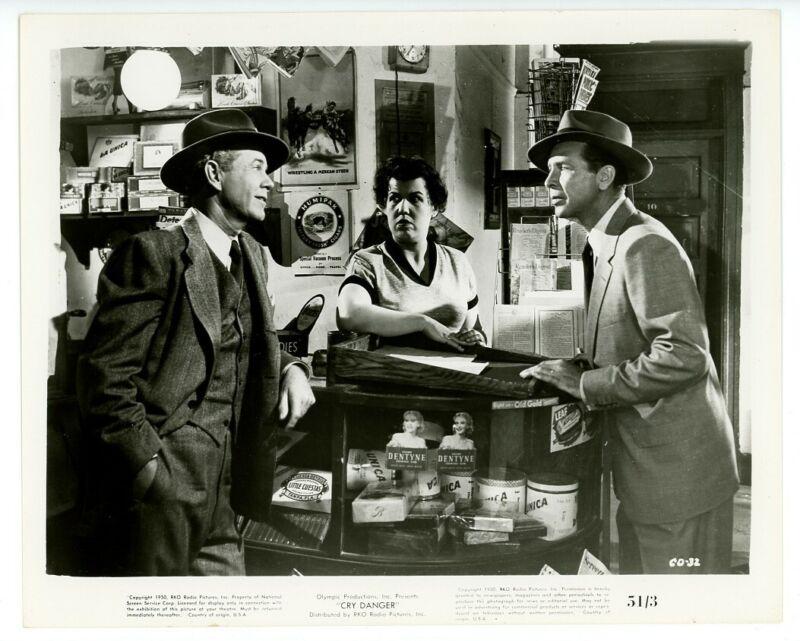 DICK POWELL, KATHLEEN FREEMAN original movie photo 1951 CRY DANGER
