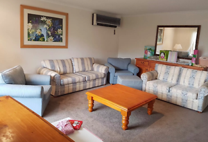 Lounge setting EXCELLANT condition McGraths Hill Hawkesbury Area Preview