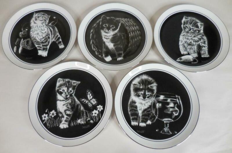"Kittens World 9.25"" Cat Plates by Droguett - Lot of 5"