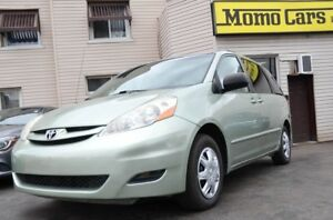 2007 Toyota Sienna CE! 8 Seater! $150/Bi-weekly!