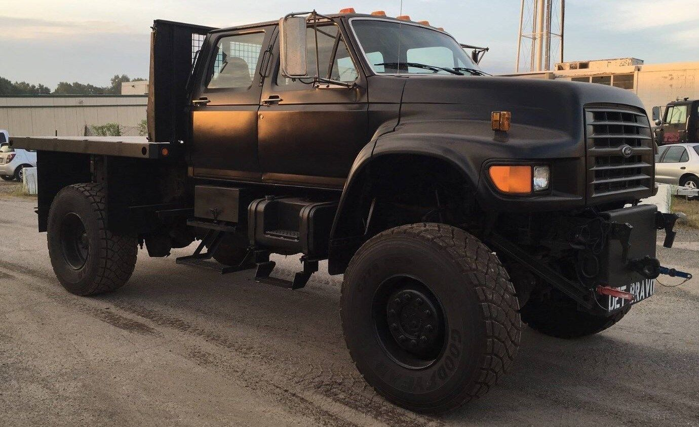 1995 Ford F800 4 Door Navy Recon Monster Truck Marmon Harrington 4x4 16k Miles