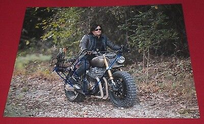 NORMAN REEDUS SIGNED WALKING DEAD COOL SHADES ON CYCLE 8X10 PHOTO AUTOGRAPH (Norman Reedus Sunglasses)