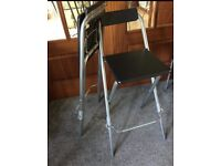 2 folding kitchen/bar stools