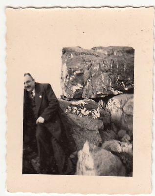 (F21478) Orig. Foto Großer Feldberg, Herr am Felsen 1938