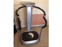 Vibration power plate, very good condition, hardly used, comes with manual