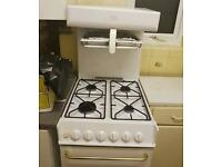 White cooker to sale