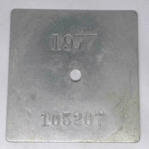 1977 Minnesota Resident Ice Fishing Shelter License Tag ...Free Shipping!